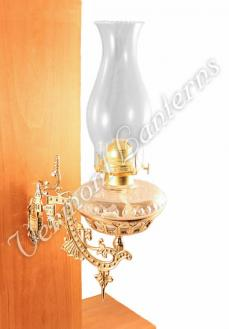 Hurricane Oil Lamps - Clear Glass w/Brass Wall Bracket